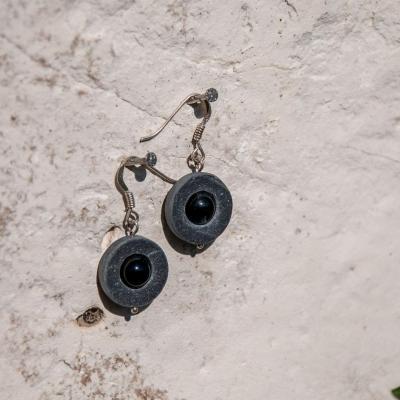 Pendentifs ardoise et perle d'Onyx